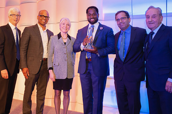 Greg Shell Awarded Myra H. Kraft Award for Non-Profit Leadership by NACD New England Chapter