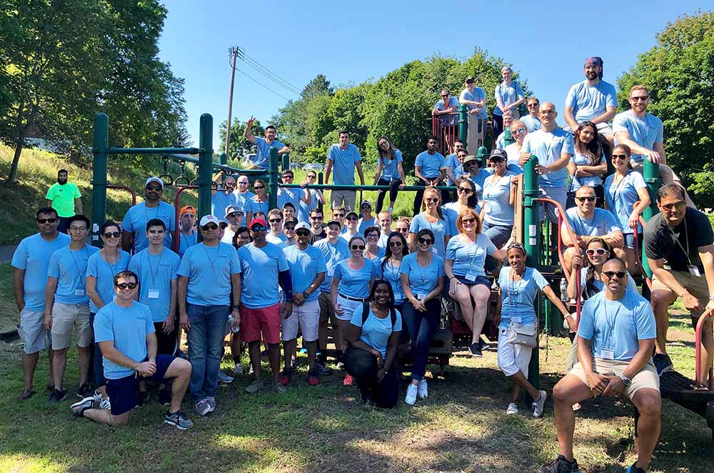 Bain Capital Information Technology Team Participates in Annual SunSplash Service Day with Italian Home for Children